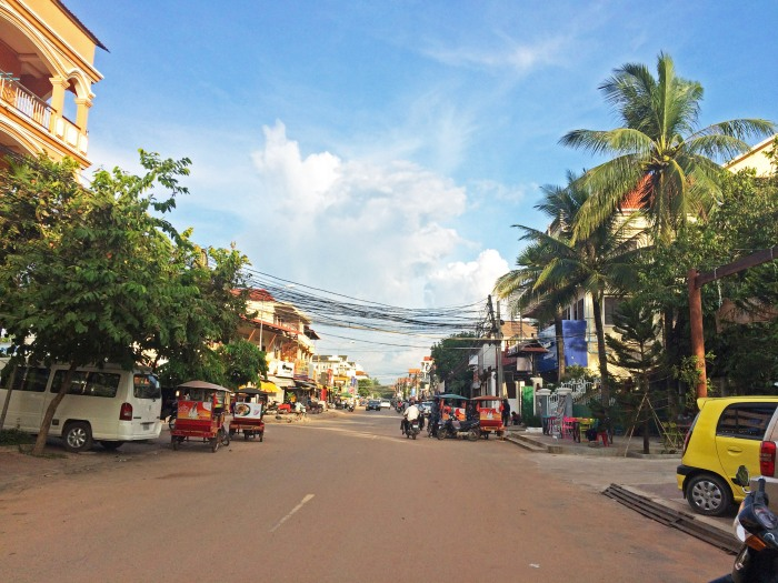 streets of siem reap cambodia