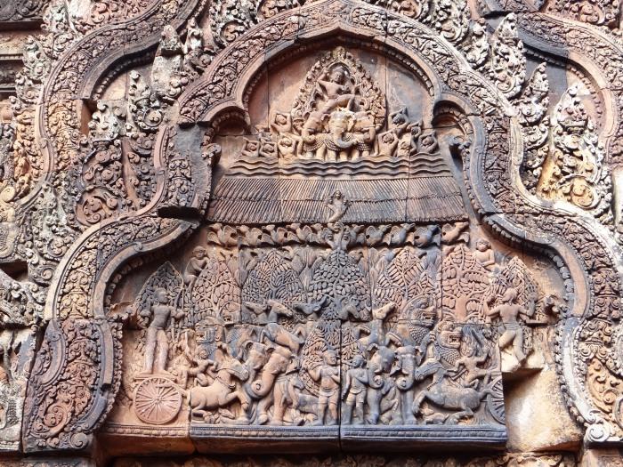banteay-srei-carvings