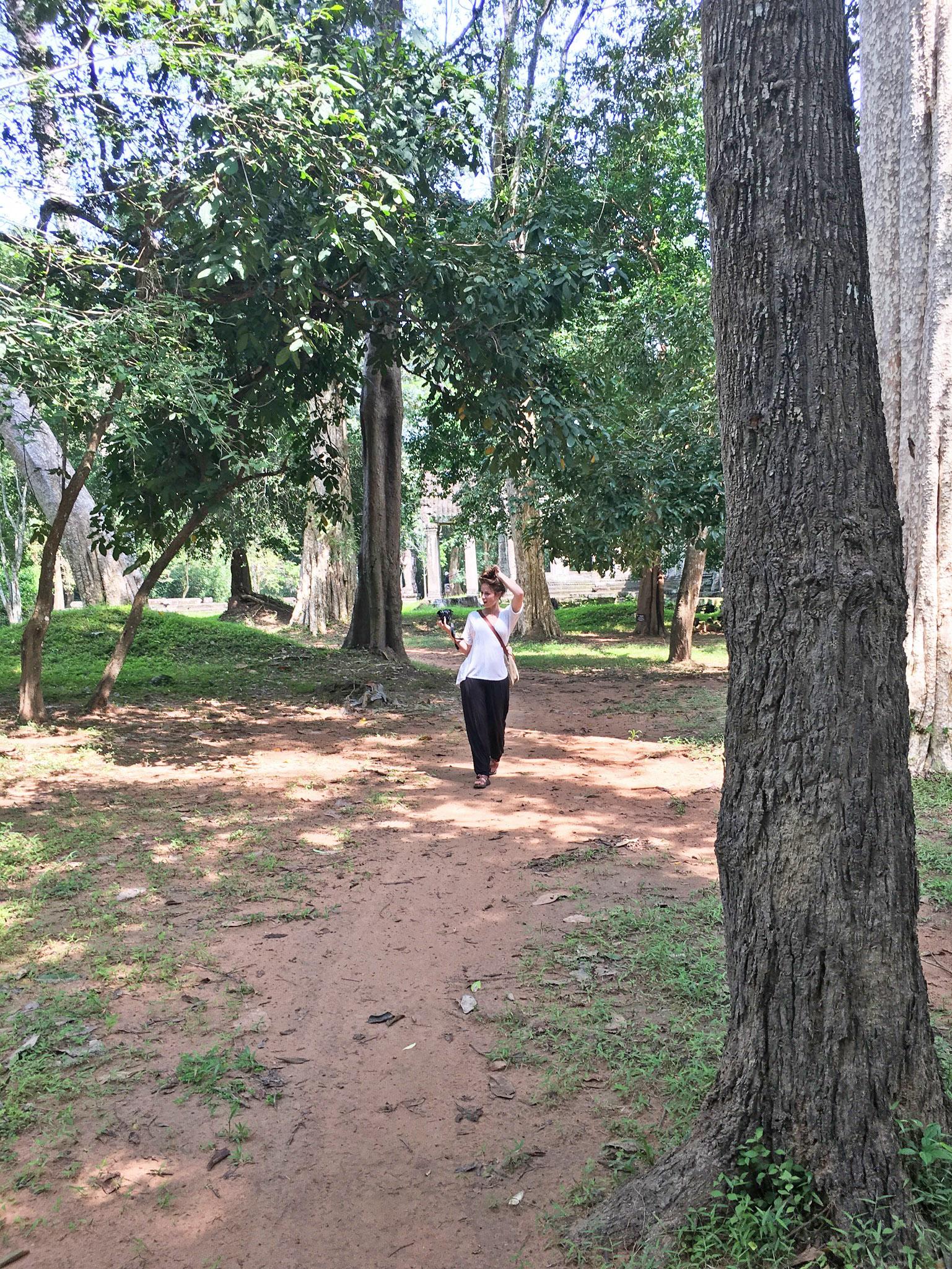 Angkor Wat Dress Code Shoes