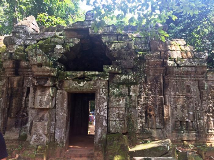ta som temple gate cambodia