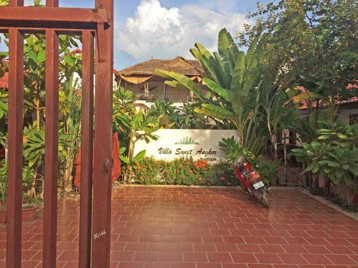 the gates of villa sweet angkor siem reap cambodia hotel